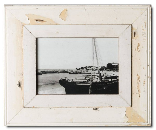 Wide distressed wood frame for photo format 29,7 x 21 cm | Cape Times